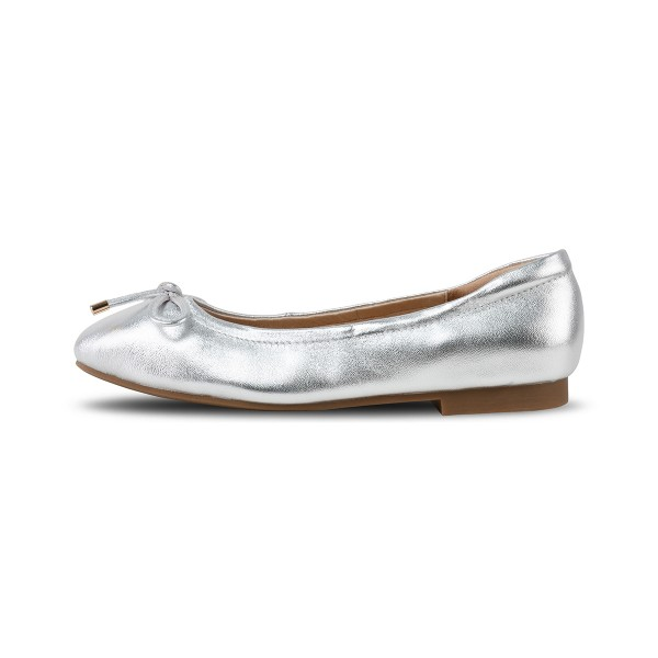 Camelle in Silver (NEW EDITION)